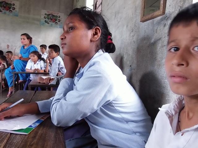 ネパールの授業風景